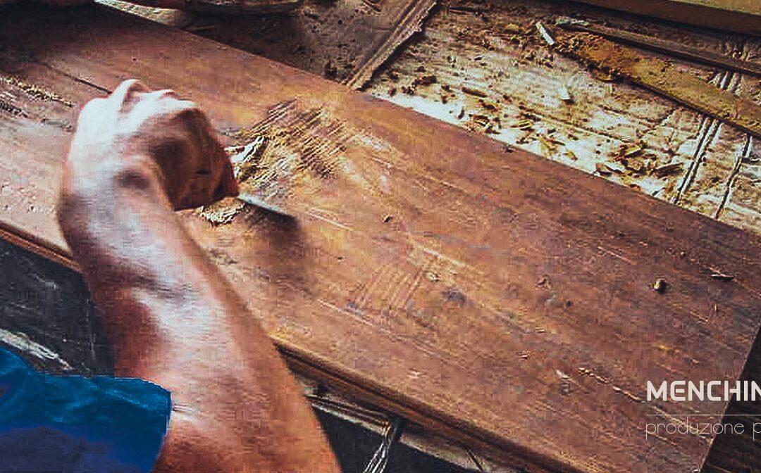 """Teak Antico """"handmade"""": caratteristiche e provenienza"""
